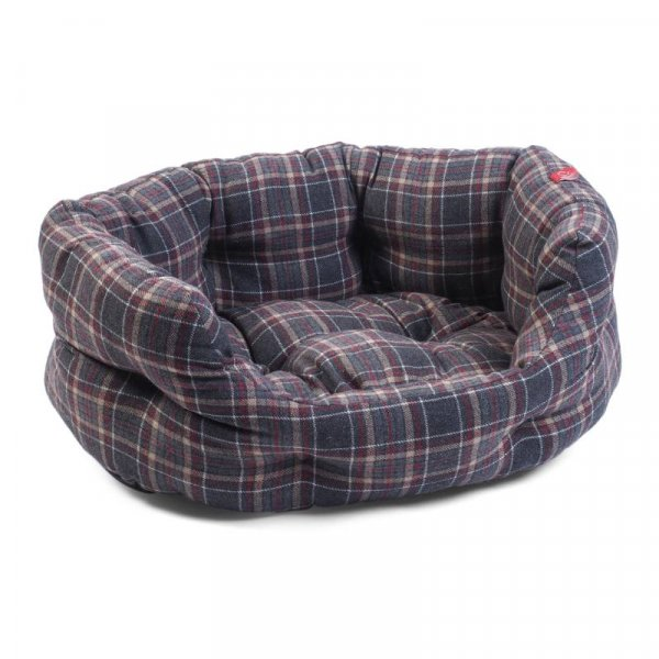 Oval Plaid Bed